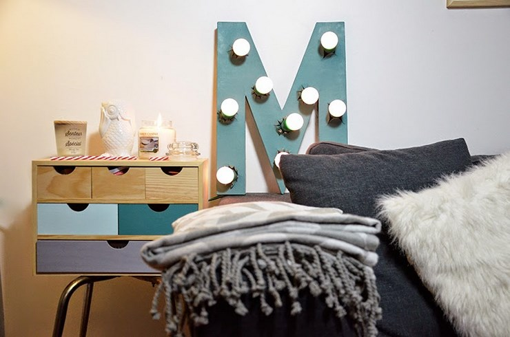 vid o d co 9 lettre lumineuse youmakefashion. Black Bedroom Furniture Sets. Home Design Ideas