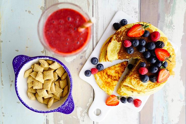 recette petit dej pancakes myrtilles