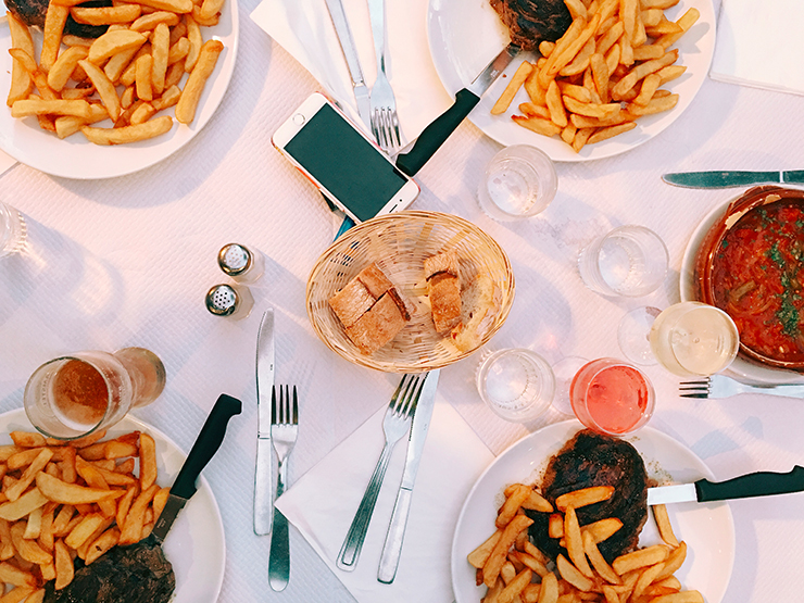 buvette de la halle saint jean de luz bonne adresse restaurant