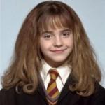 Emma Watson cheveux courts. La stratégie.